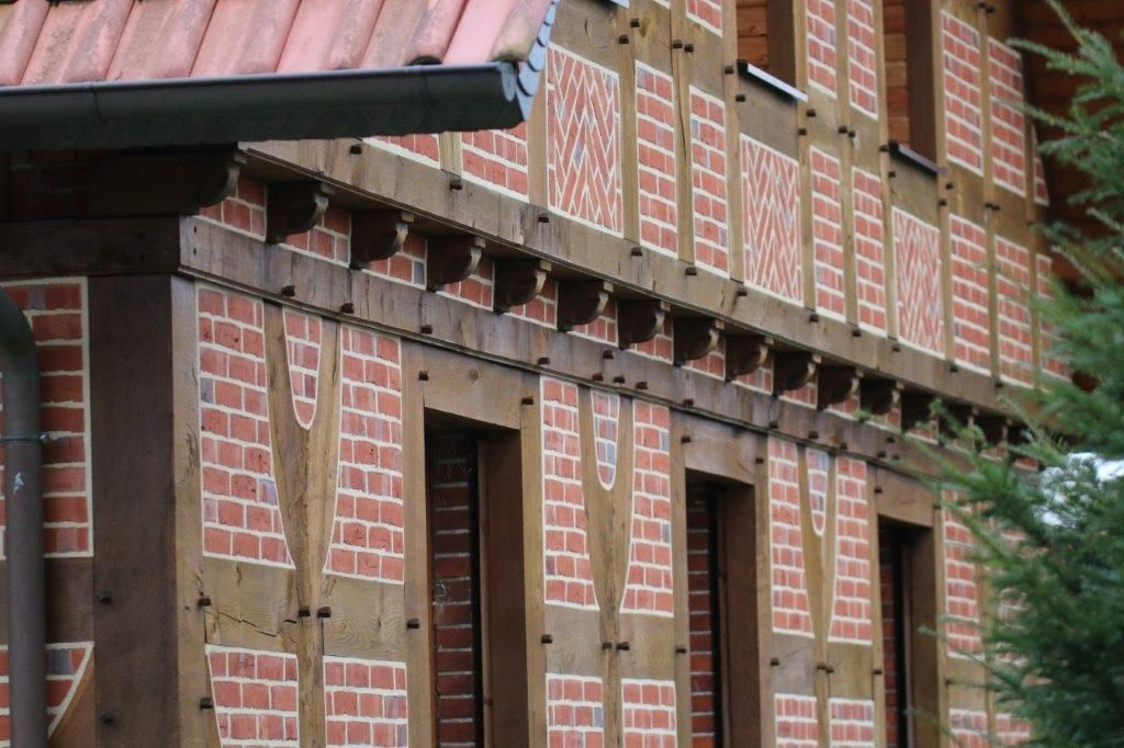 Fachwerkmauer in Nahaufname